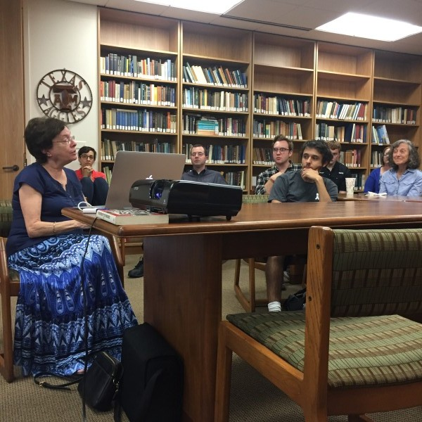 Professor Teaches About Synagogue Architecture